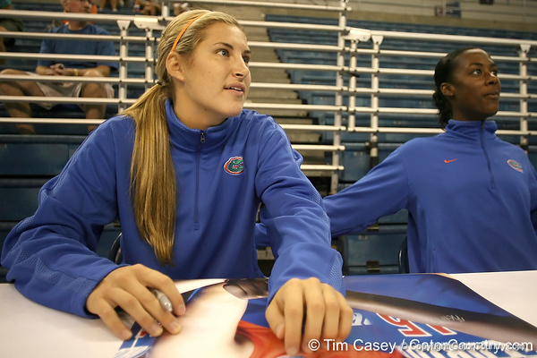 080824_CusackElyse_6311_TCasey<br /> <br /> photo by Tim Casey<br /> <br /> during the Florida volleyball team's annual Fan Day and Orange and Blue Scrimmage on Sunday, August 24, 2008 at the Stephen C. O'Connell Center in Gainesville, Fla.