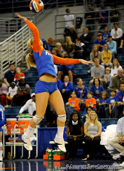 UF junior Elyse Cusack takes a her serve during the second set. The Gators clinched their last home game with a 3-0 win over the Crimson Tide at the O'Connell Center on Saturday, November 23, 2008. (Casey Brooke Lawson / Gator Country)