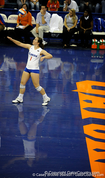 UF freshman Cindy Bathelt looks at the ball before serving during the third set. The Gators clinched their last home game with a 3-0 win over the Crimson Tide at the O'Connell Center on Saturday, November 23, 2008. (Casey Brooke Lawson / Gator Country)
