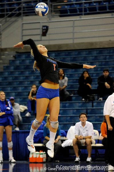 UF junior Elyse Cusack seves the ball to Colorado State. The Gator's were triumphant over the Rams 3-0 in Gainesville, Fla on December 6, 2008. (Casey Brooke Lawson)