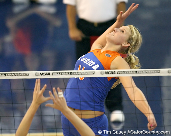Florida sophomore outside hitter Colleen Ward attempts a kill during the third game of the Gators' 3-0 win against the UNLV Rebels on Friday, August 28, 2009 at the Stephen C. O'Connell Center in Gainesville, Fla / Gator Country photo by Tim Casey