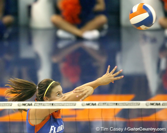 Florida junior setter Brynja Rodgers passes the ball during the third game of the Gators' 3-0 win against the UNLV Rebels on Friday, August 28, 2009 at the Stephen C. O'Connell Center in Gainesville, Fla / Gator Country photo by Tim Casey