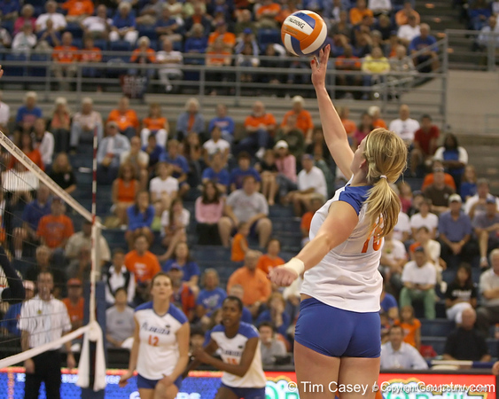 Florida sophomore outside hitter Colleen Ward makes an attack during the Gators' 3-0 win against the Auburn Tigers on Sunday, November 8, 2009 at the Stephen C. O'Connell Center in Gainesville, Fla. / Gator Country photo by Tim Casey