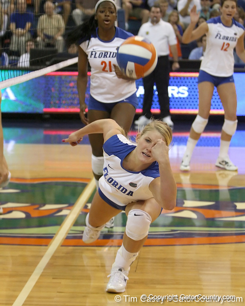 Florida sophomore outside hitter Colleen Ward reaches for the ball during the Gators' 3-0 win against the Colorado Buffaloes on Saturday, August 29, 2009 at the Stephen C. O'Connell Center in Gainesville, Fla / Gator Country photo by Tim Casey