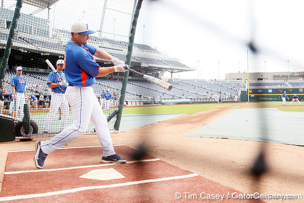 Florida sophomore catcher Mike Zunino bats during the Men's College World Series practice day on Friday, June 17, 2011 at TD Ameritrade Park in Omaha, Neb. / Gator Country photo by Tim Casey