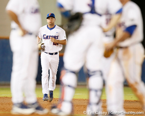 Florida junior pitcher Nick Maronde runs to the mound from the bullpen during the Gators' 7-0 win against the Alabama Crimson Tide on Friday, April 22, 2011 at McKethan Stadium in Gainesville, Fla. / Gator Country photo by Tim Casey
