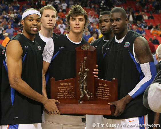 Photo Gallery: UF men's basketball vs. Tennessee, SEC Tournament, 3/11/11