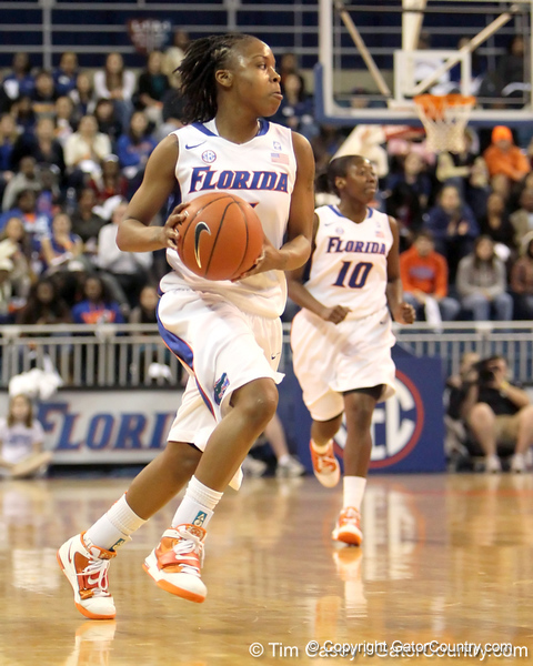 Florida junior guard Lanita Bartley runs the ball up the court during the first half of the Gators' 70-64 win against the Alabama Crimson Tide on Thursday, January 27, 2011 at the Stephen C. O'Connell Center in Gainesville, Fla. / Gator Country photo by Tim Casey