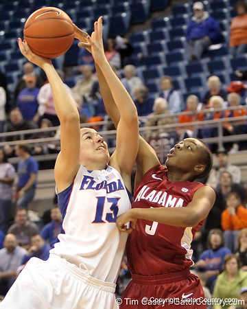 Photo Gallery: UF Women's Basketball vs. Alabama, 1/27/11
