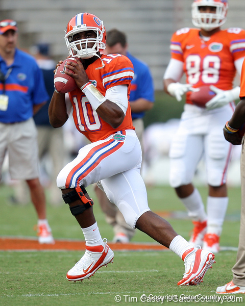 Florida redshirt freshman quarterback Tyler Murphy warms up before the Gators' 41-3 win against the FAU Owls on Saturday, September 3, 2011 at Ben Hill Griffin Stadium in Gainesville, Fla. / Gator Country photo by Tim Casey