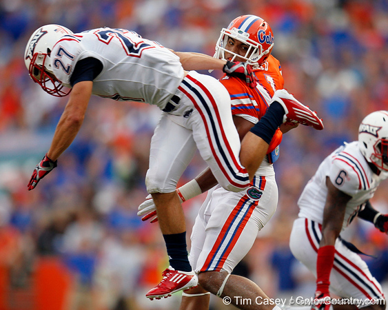 Florida redshirt sophomore tight end Jordan Reed reaches for a pass during the first quarter of the Gators' 41-3 win against the FAU Owls on Saturday, September 3, 2011 at Ben Hill Griffin Stadium in Gainesville, Fla. / Gator Country photo by Tim Casey