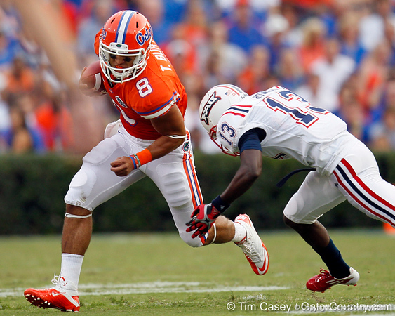 Florida sophomore running back Trey Burton gains 11 yards on a reception from John Brantley during the first quarter of the Gators' 41-3 win against the FAU Owls on Saturday, September 3, 2011 at Ben Hill Griffin Stadium in Gainesville, Fla. / Gator Country photo by Tim Casey