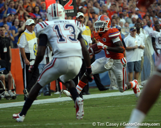 Florida redshirt senior running back Chris Rainey scores on a 14-yard touchdown reception from John Brantley during the first quarter of the Gators' 41-3 win against the FAU Owls on Saturday, September 3, 2011 at Ben Hill Griffin Stadium in Gainesville, Fla. / Gator Country photo by Tim Casey