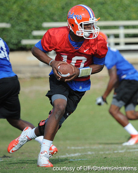 Florida redshirt freshman quarterback Tyler Murphy drops back to pass during the Gators' practice on Wednesday, March 16, 2011 at the Sanders football practice fields. / photo courtesy of UF Communications