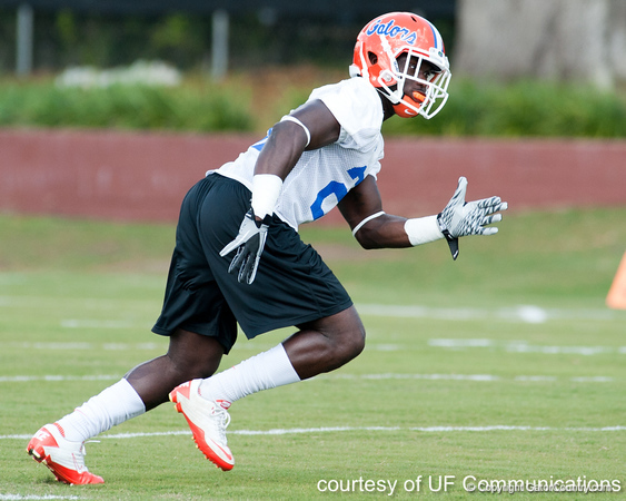 Florida sophomore safety Matt Elam works out during the Gators' practice on Wednesday, March 16, 2011 at the Sanders football practice fields. / photo courtesy of UF Communications