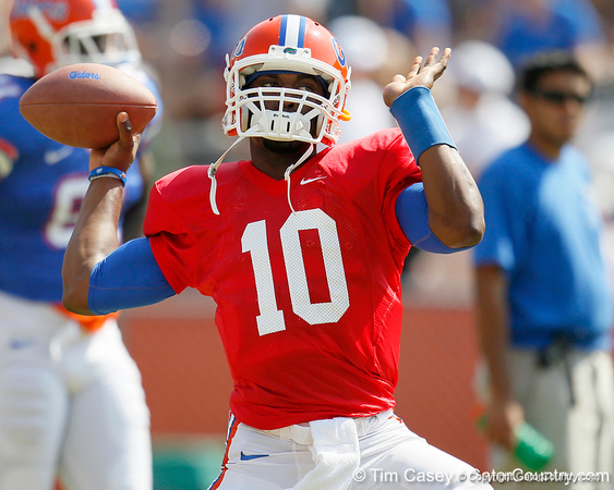 Florida redshirt freshman quarterback Tyler Murphy warms up before the Gators' spring football game on Saturday, April 9, 2011 at Ben Hill Griffin Stadium in Gainesville, Fla. / Gator Country photo by Tim Casey