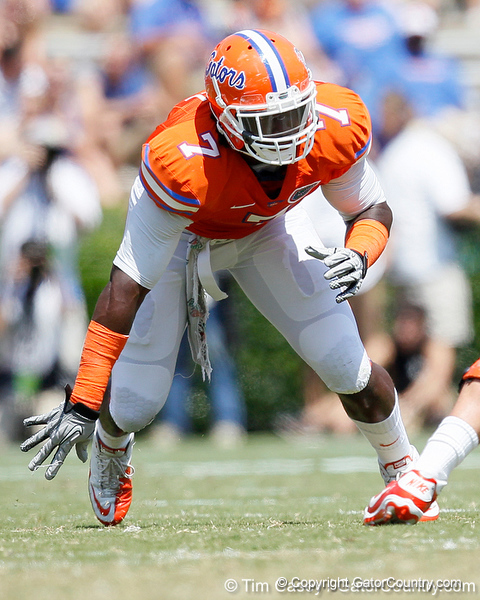 Florida sophomore linebacker/defensive end Ronald Powell blitzes during the Gators' spring football game on Saturday, April 9, 2011 at Ben Hill Griffin Stadium in Gainesville, Fla. / Gator Country photo by Tim Casey