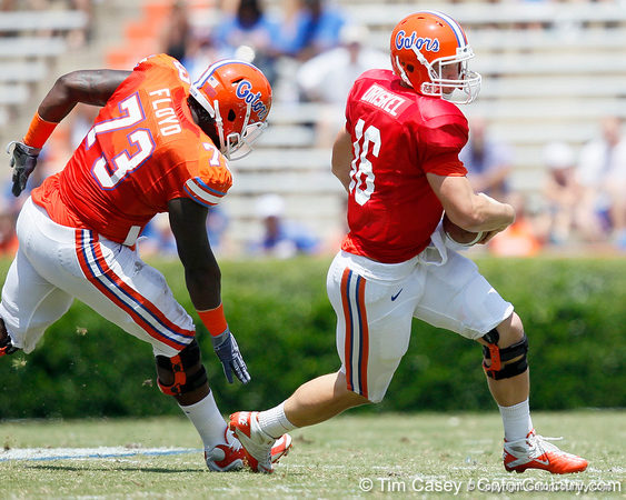 Florida freshman quarterback Jeff Driskel scrambles during the Gators' spring football game on Saturday, April 9, 2011 at Ben Hill Griffin Stadium in Gainesville, Fla. / Gator Country photo by Tim Casey