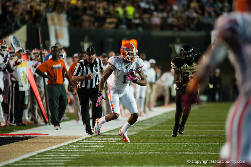 Florida redshirt sophomore Quiton Dunbar during the Gators' 31-17 win against the Vanderbilt Commodores Saturday October 13, 2012 at the Vanderbilt Stadium in Nashville, TN. / Gator Country photo by Saj Guevara