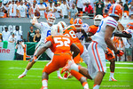 Driskel throws downfield.  Gators vs Miami.  9-07-13.