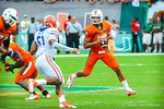 Miami QB Stephen Morris looks downfield.  Gators vs Miami.  9-07-13.