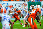 QB Jeff Driskel throws to an open gator receiver.  Gators vs Miami.  9-07-13.