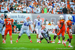 Driskel brings the gator offense up to the ball.  Gators vs Miami.  9-07-13.