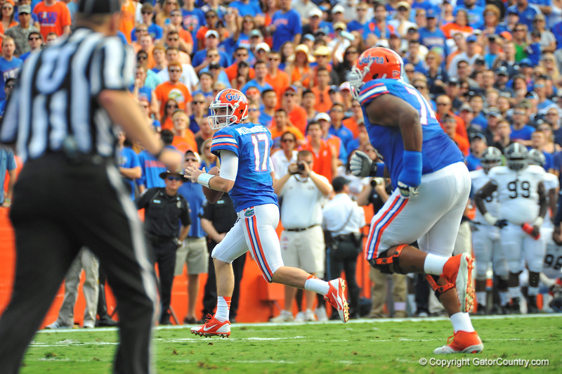 Florida Gator QB Skyler Mornhinweg looks into the endzone in the first quarter for what would be his first touchdown.  Florida Gators vs Georgia Southern Eagles.  November 23, 2013.  Gainesville, FL.