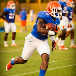 RB Mack Brown runs downfield during the gators open practice on 8-15-13.