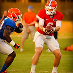 QB Jeff Driskel hands off to RB Mack Brown. Gator Practice 8-15-13.