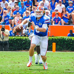 QB Jeff Driskel rushes downfield.  Gators vs Toledo.  8-31-13.