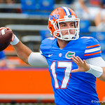 QB Skyler Mornhinweg warming up.  Gators vs Toledo.  8-31-13.