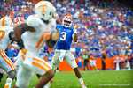 QB Tyler Murphy throws into the endzone.  Gators vs Tennessee Volunteers.  September 21, 2013.