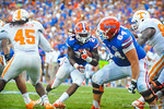 RB Matt Jones gets the handoff and rushes up the middle.  Gators vs Tennessee Volunteers.  September 21, 2013.