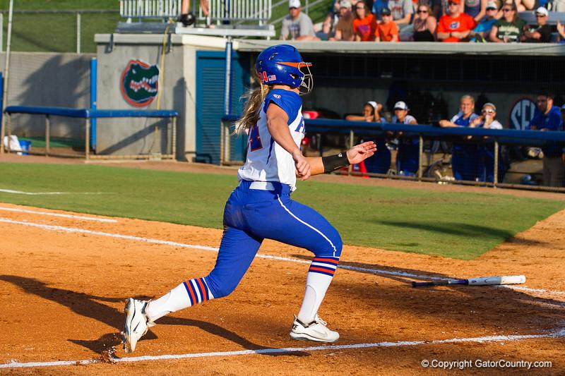 Kirsti Merritt scores for Florida on May 17, 2013.