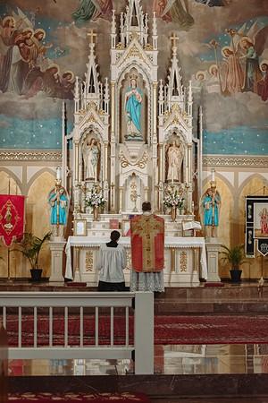 _NIK8622 Gaudete St  Marys FSSP Advent LatinMass Kick-2