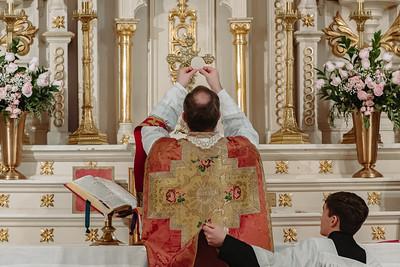 _NIK8649 Gaudete St  Marys FSSP Advent LatinMass Kick