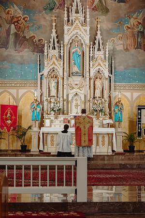 _NIK8623 Gaudete St  Marys FSSP Advent LatinMass Kick