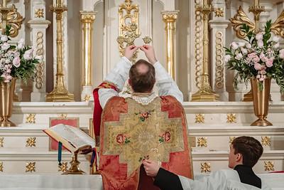 _NIK8651 Gaudete St  Marys FSSP Advent LatinMass Kick