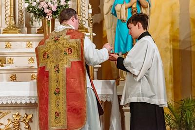 _NIK8638 Gaudete St  Marys FSSP Advent LatinMass Kick