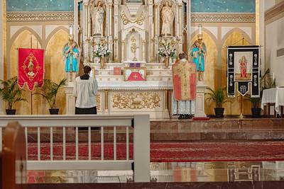 _NIK8625 Gaudete St  Marys FSSP Advent LatinMass Kick-2