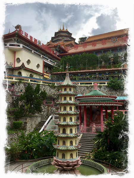 Kek Lok Si - a large goddess of mercy temple in Penang