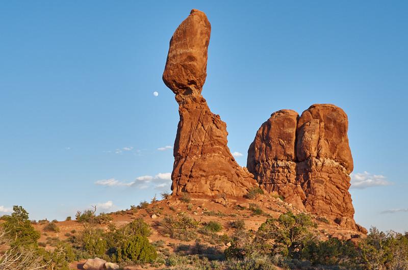 Balanced Rock, late afternon