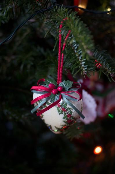xmas tree ornaments
