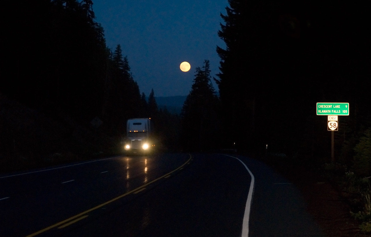 The road to Crescent Lake, OR