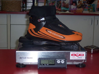 Complete Go-Faster clap system Boots and Bindings 3.4 pounds (weighed by UPS).  Boot size used: 44.