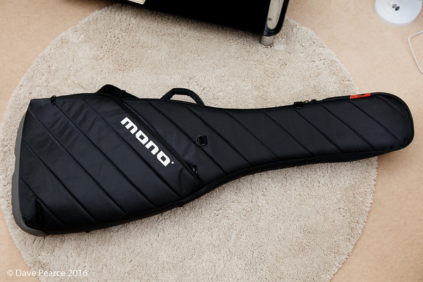 Mono Vertigo Bass bag