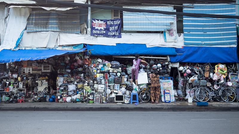 Junk shop, Nguyen Kim St.