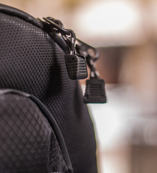 """<br><br><a href=""""http://www.tenba.com/Products/Shootout-Backpack-Medium-Black.aspx"""" target=""""_blank"""">Tenba Shootout Backpack, Medium Black  <p>Top zipper from the front of the bag.</p></a>"""