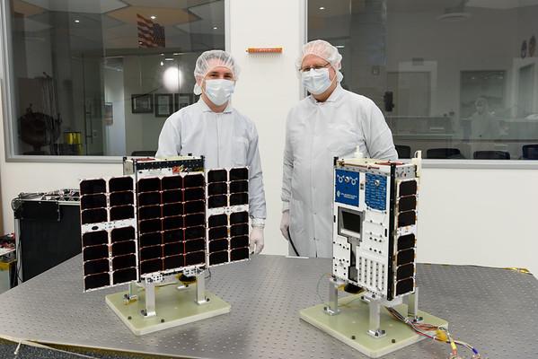 Chris Lewicki & Alan Boyle with Planetary Resource Arkyd 6